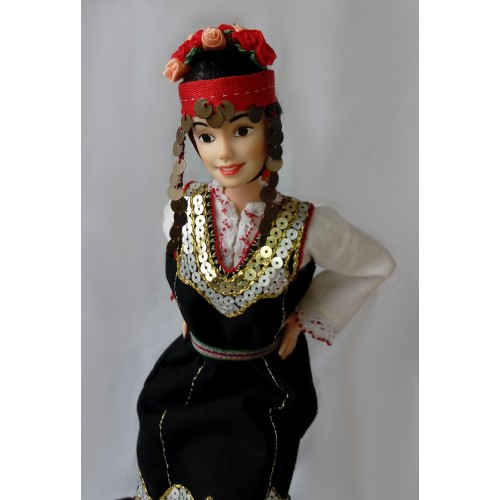 Shopski folk region - dancing doll